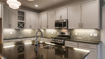 Island Kitchen With Undercabinet Lighting
